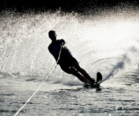 Water skiing in Nelson lakes