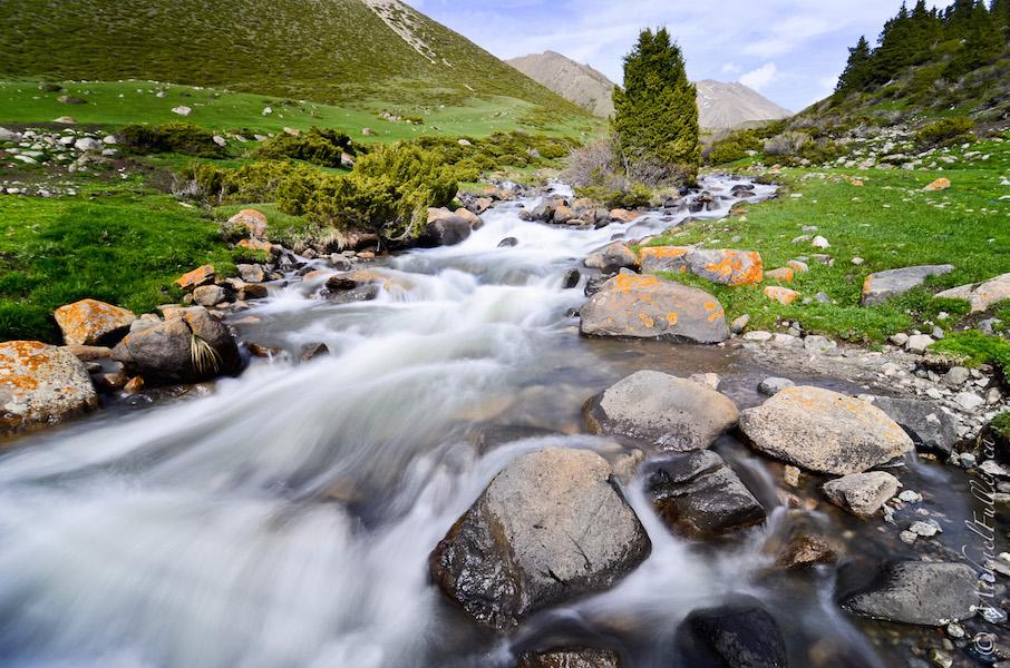 Kyrgyzstan river long exposure landscape