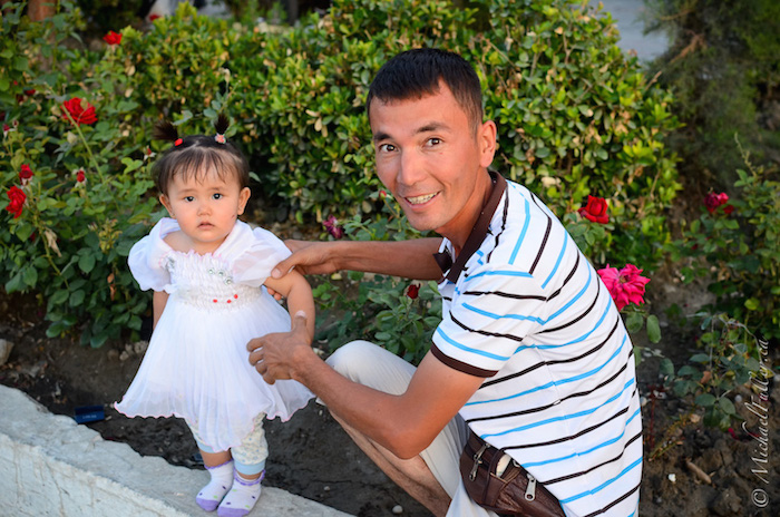 uzbek father daughter